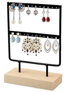 petit présentoir à bijoux